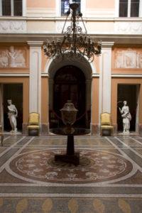 CASTELLO DI PRALORMO_07-salone centrale